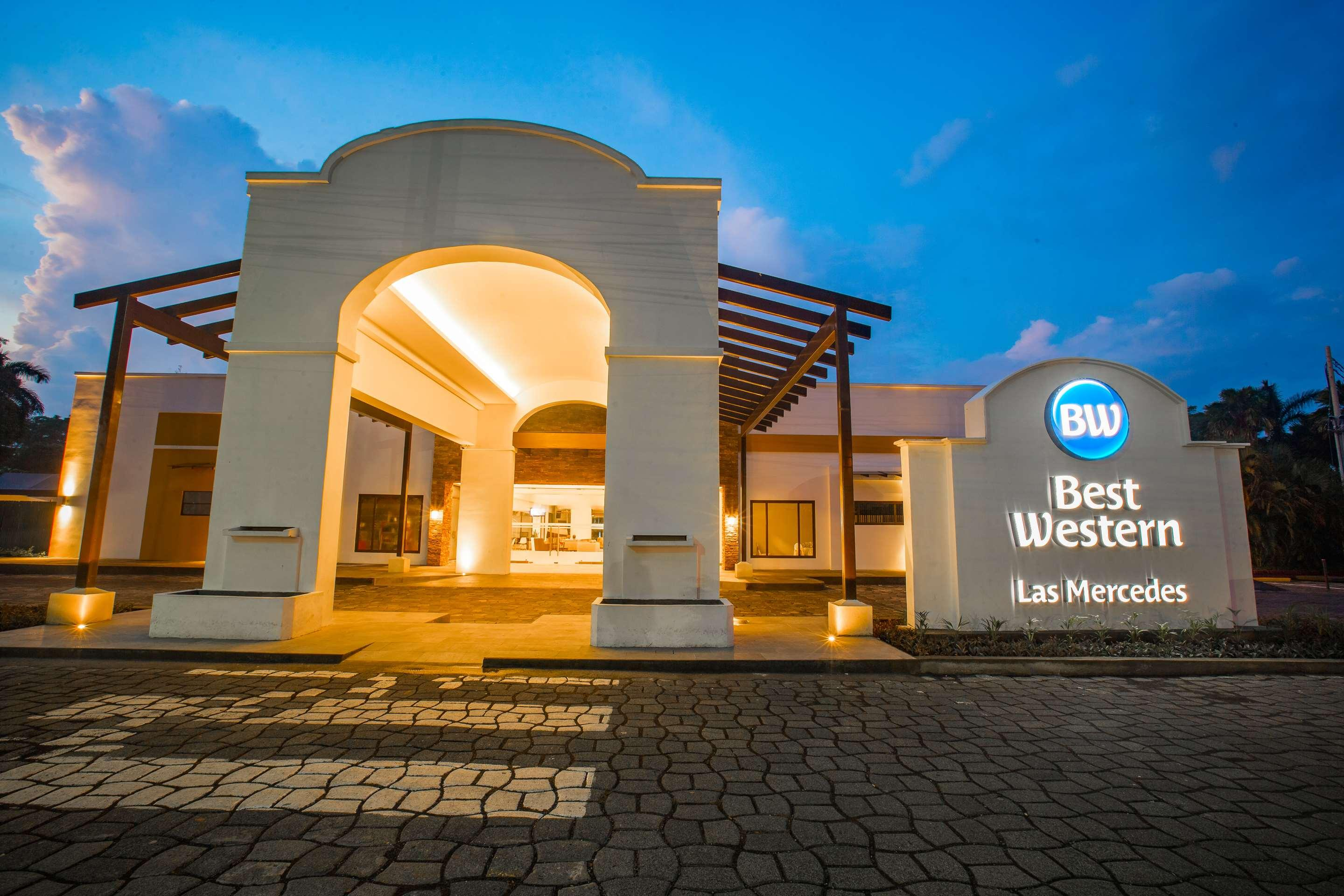 Best Western Las Mercedes Airport